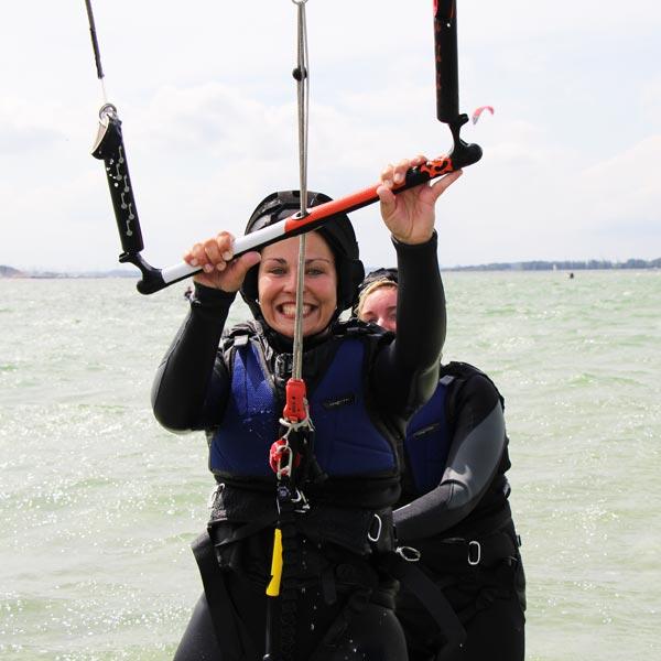 Kiten bei der Kiteschule Kiel